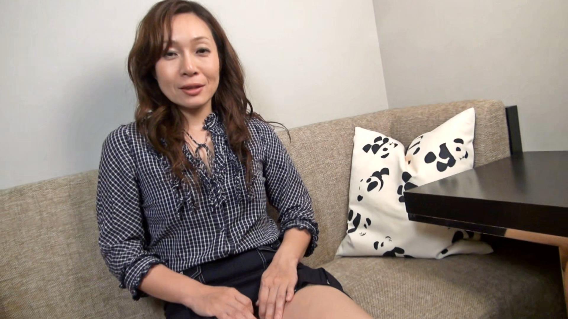 【四十路】素人熟妻インタビュー 96人目のサンプル動画