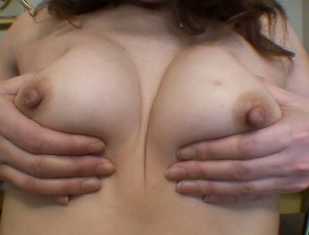 熟れた女のいやらしすぎる乳房と乳首と喘ぎ声 25人 画像8