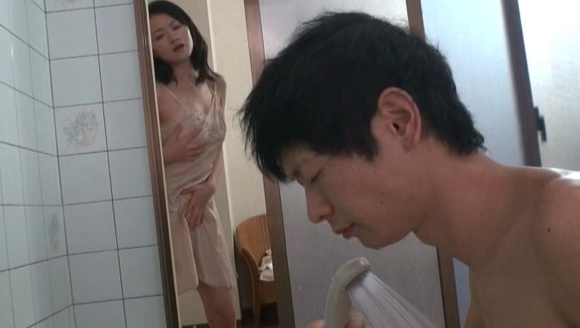 母さんはミタ・・・!!! 2 母子洗体風呂 画像1