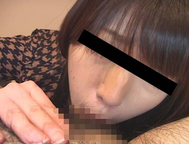 ザーメンごっくんディープスロート 素人娘の丸呑みフェラ 画像1