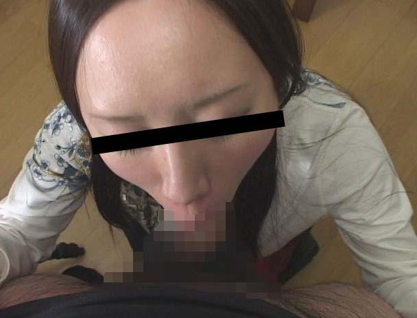 ザーメンごっくんディープスロート 素人娘の丸呑みフェラ 画像6