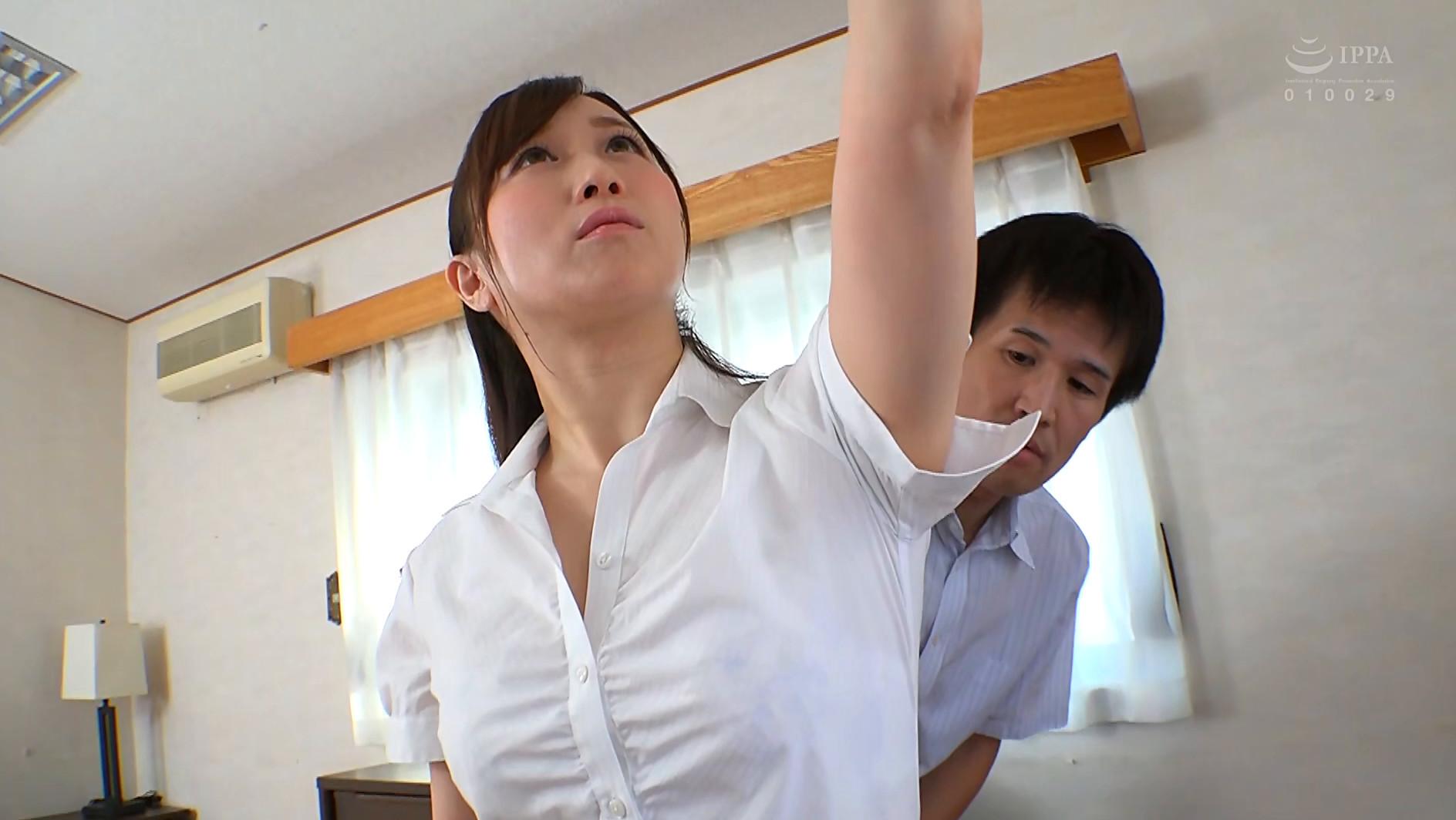腋が好きな男子、お姉さまのフェイスロック&手コキで昇天する 画像12