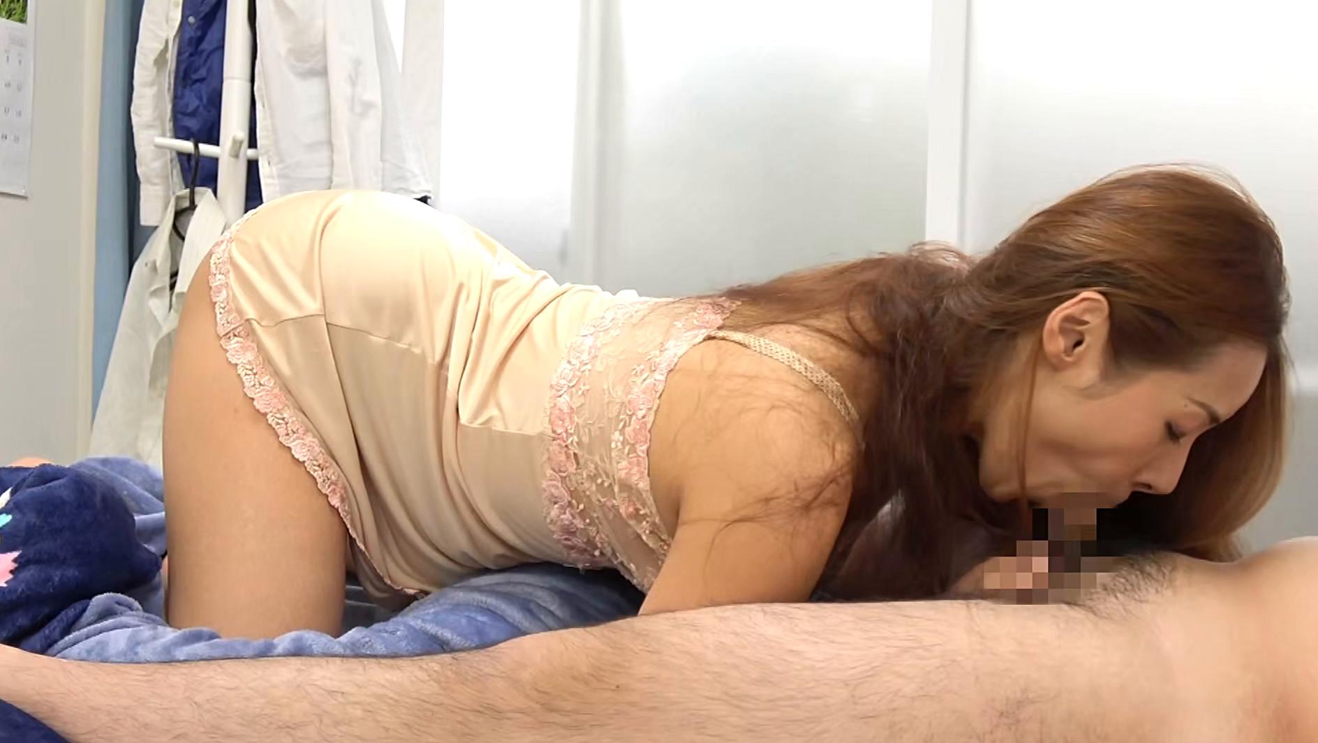 熟女官能ドラマスペシャル アナルで悶え乱れる五十路妻 陰部を視姦されて濡れる人妻 6人4時間 画像8