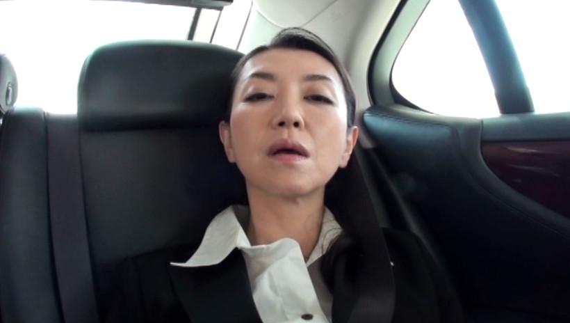 黒ストの似合う熟女4 52歳の地味なOL 画像8