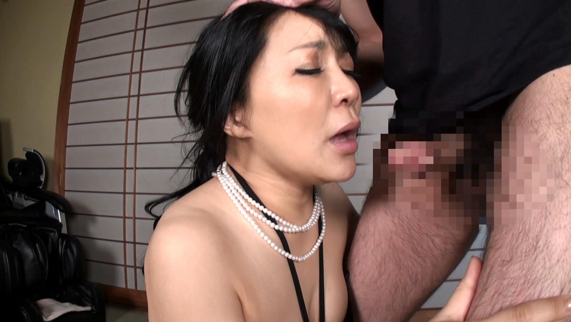 本物現役女社長 霧島ゆかり五十歳 首絞めでアクメに達する女 画像17