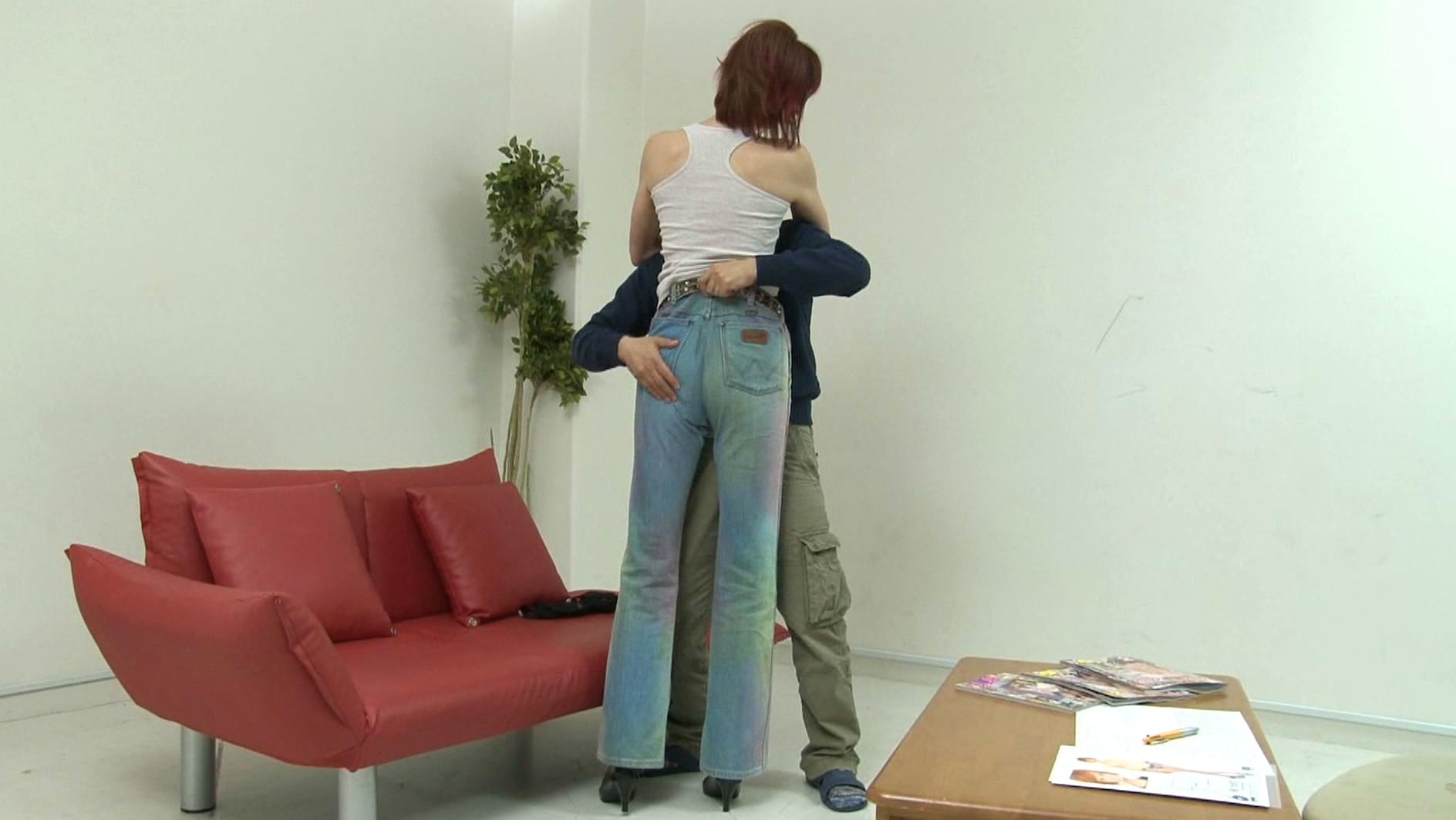 180cmの熟女 チビ男優にイカされ続けて失神KO 画像5