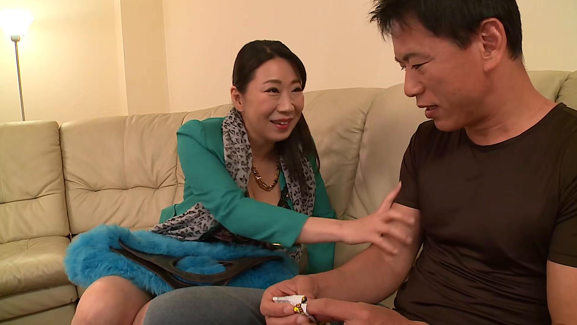 島津かおる【甥っ子でイキまくる快楽の近親相姦】