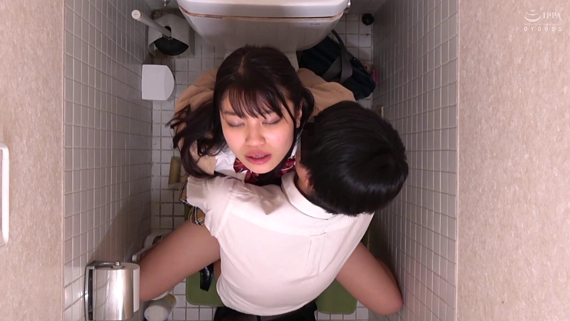 女子○生 トイレSEX盗撮 187分,のサンプル画像3