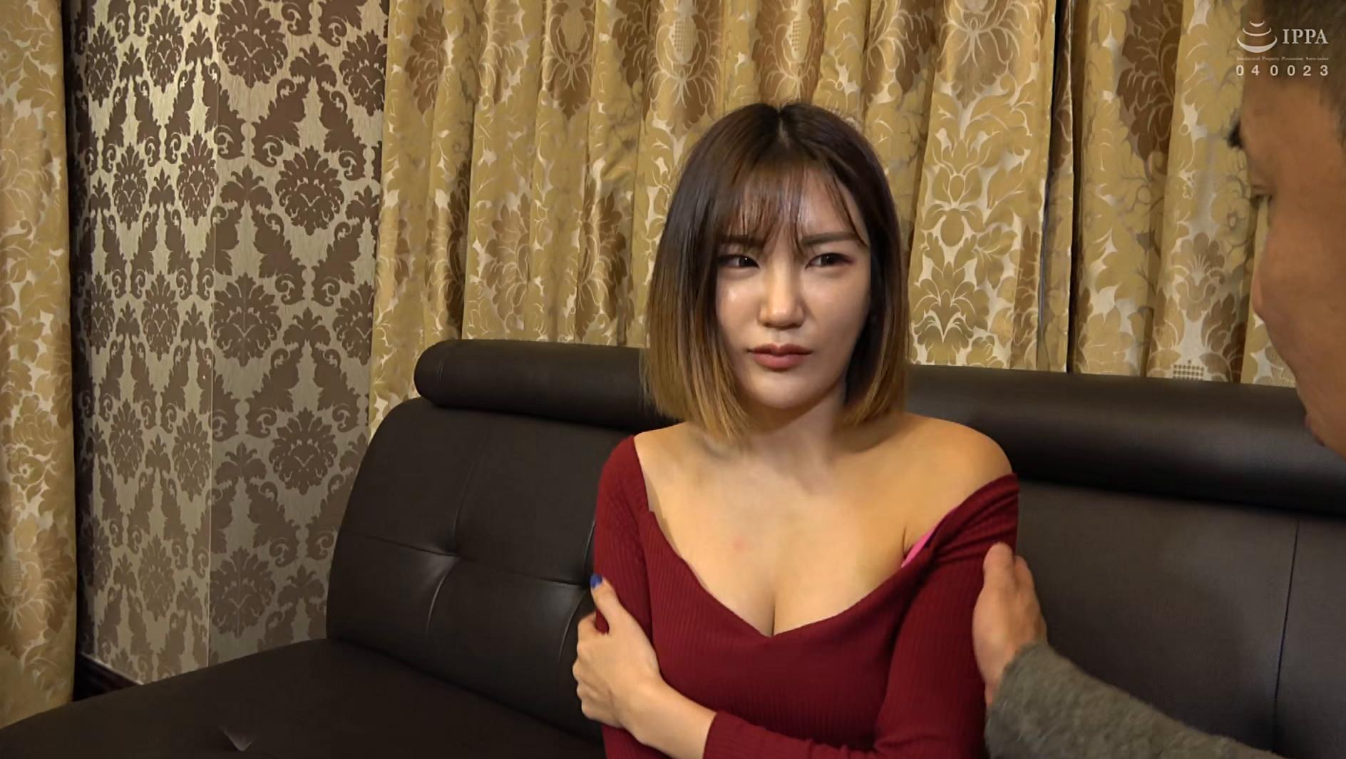 まるで設定6のスロットみたい!韓国で遭遇したヤリマン美女!セックスが好き過ぎて日本人のペニスに興味津々!圧倒的な美脚騎乗位でザー汁を絞り出されてスッキリ! 画像1