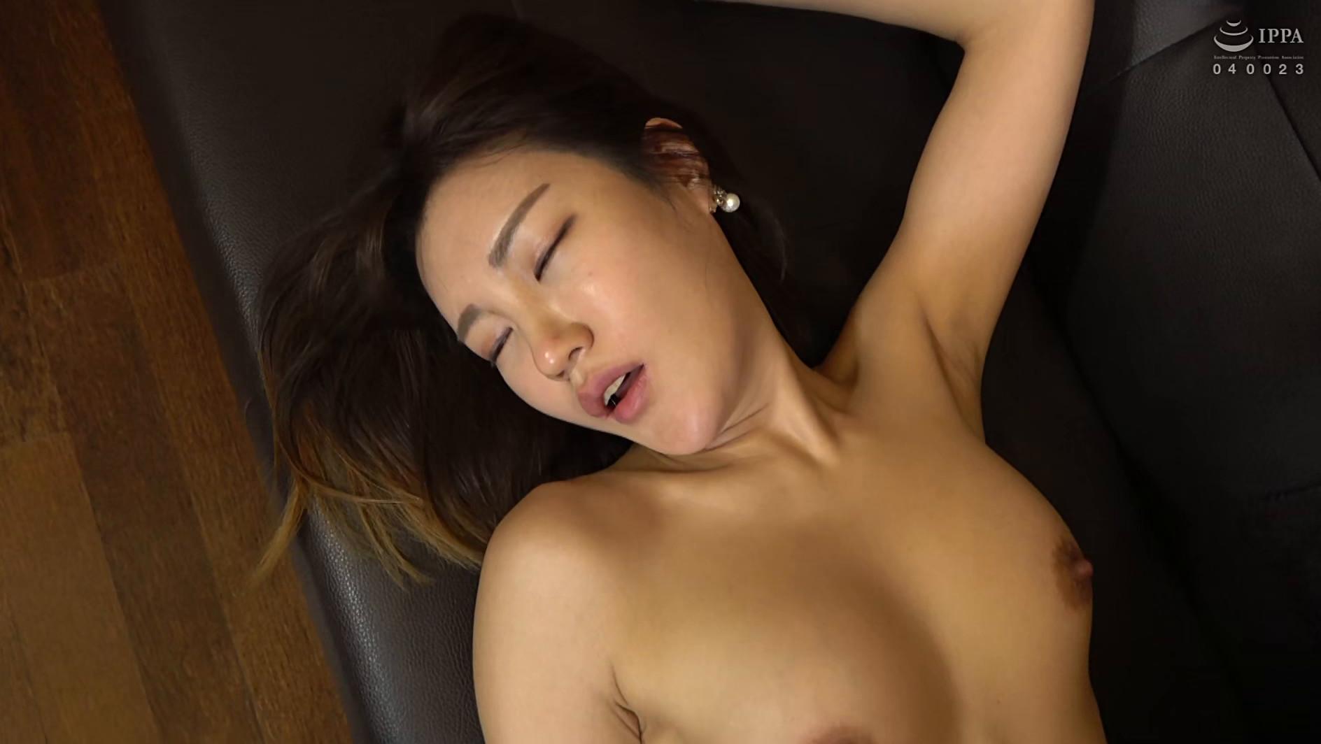 まるで設定6のスロットみたい!韓国で遭遇したヤリマン美女!セックスが好き過ぎて日本人のペニスに興味津々!圧倒的な美脚騎乗位でザー汁を絞り出されてスッキリ! 画像9