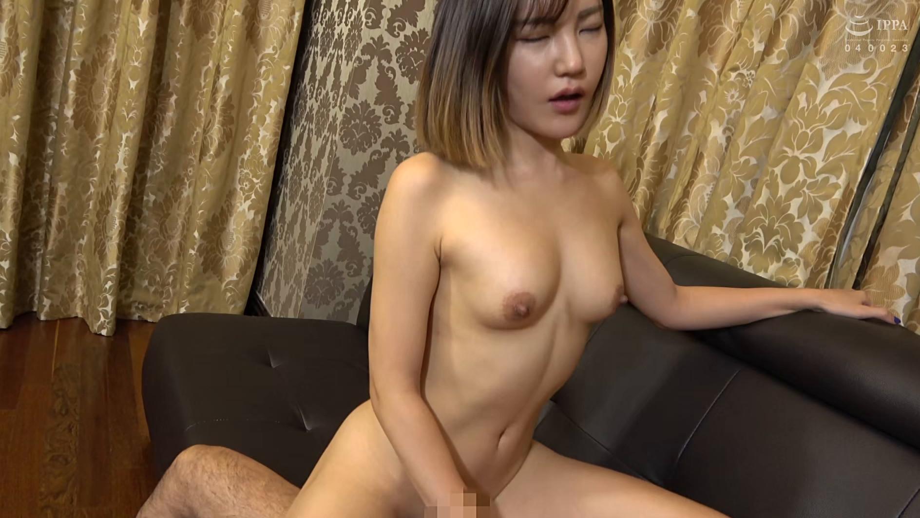 まるで設定6のスロットみたい!韓国で遭遇したヤリマン美女!セックスが好き過ぎて日本人のペニスに興味津々!圧倒的な美脚騎乗位でザー汁を絞り出されてスッキリ! 画像10