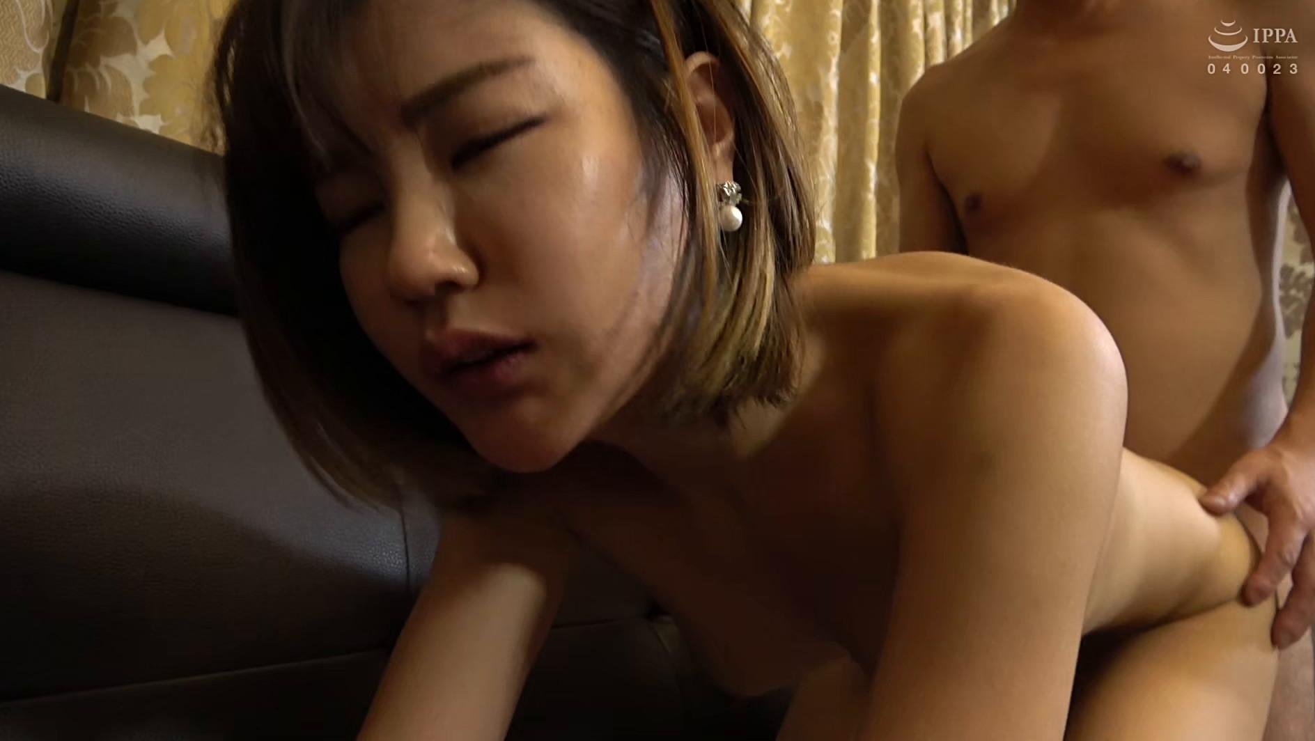 まるで設定6のスロットみたい!韓国で遭遇したヤリマン美女!セックスが好き過ぎて日本人のペニスに興味津々!圧倒的な美脚騎乗位でザー汁を絞り出されてスッキリ! 画像11