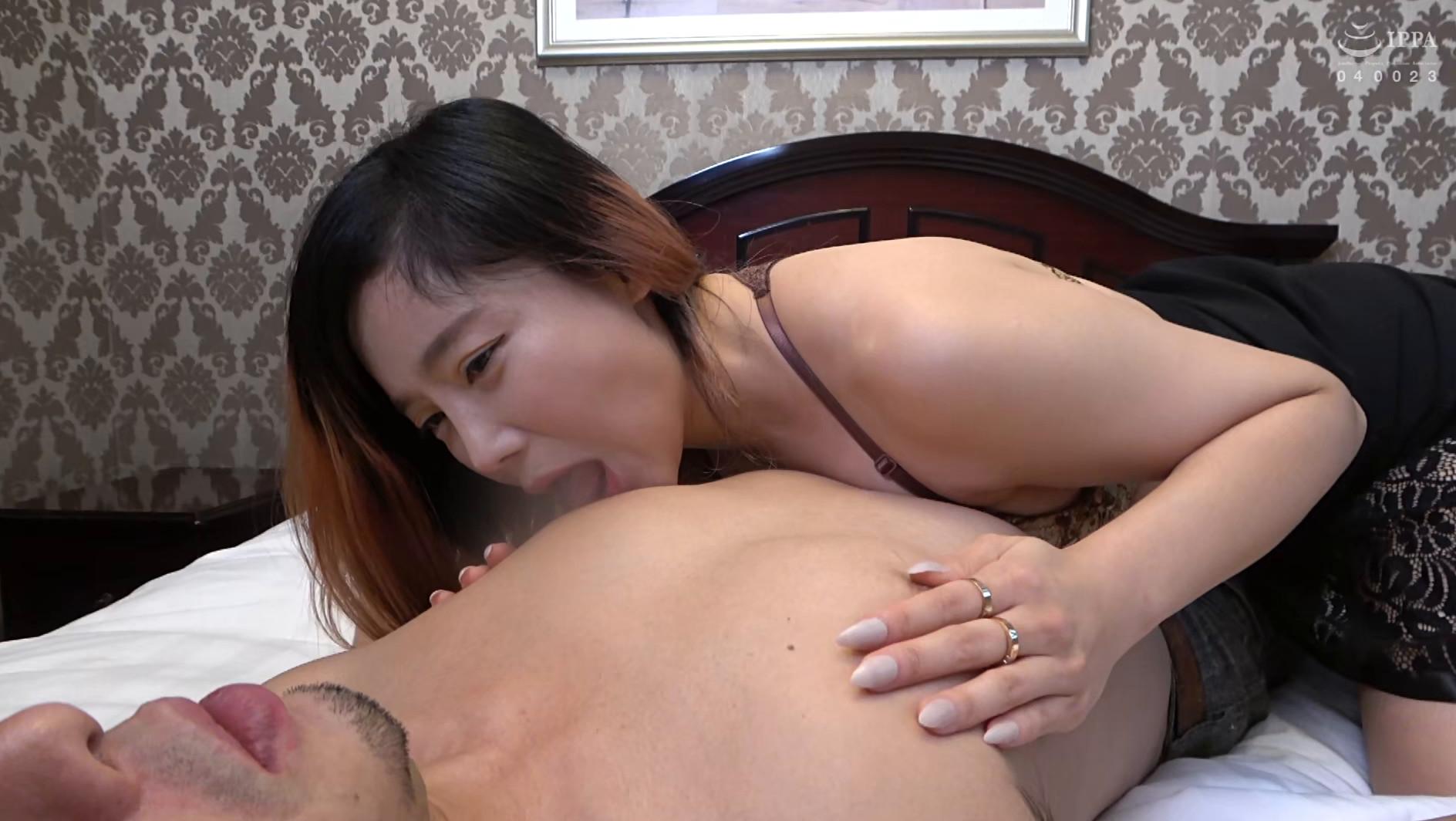 まるで設定6のスロットみたい!韓国で遭遇したヤリマン美女!セックスが好き過ぎて日本人のペニスに興味津々!圧倒的な美脚騎乗位でザー汁を絞り出されてスッキリ! 画像16