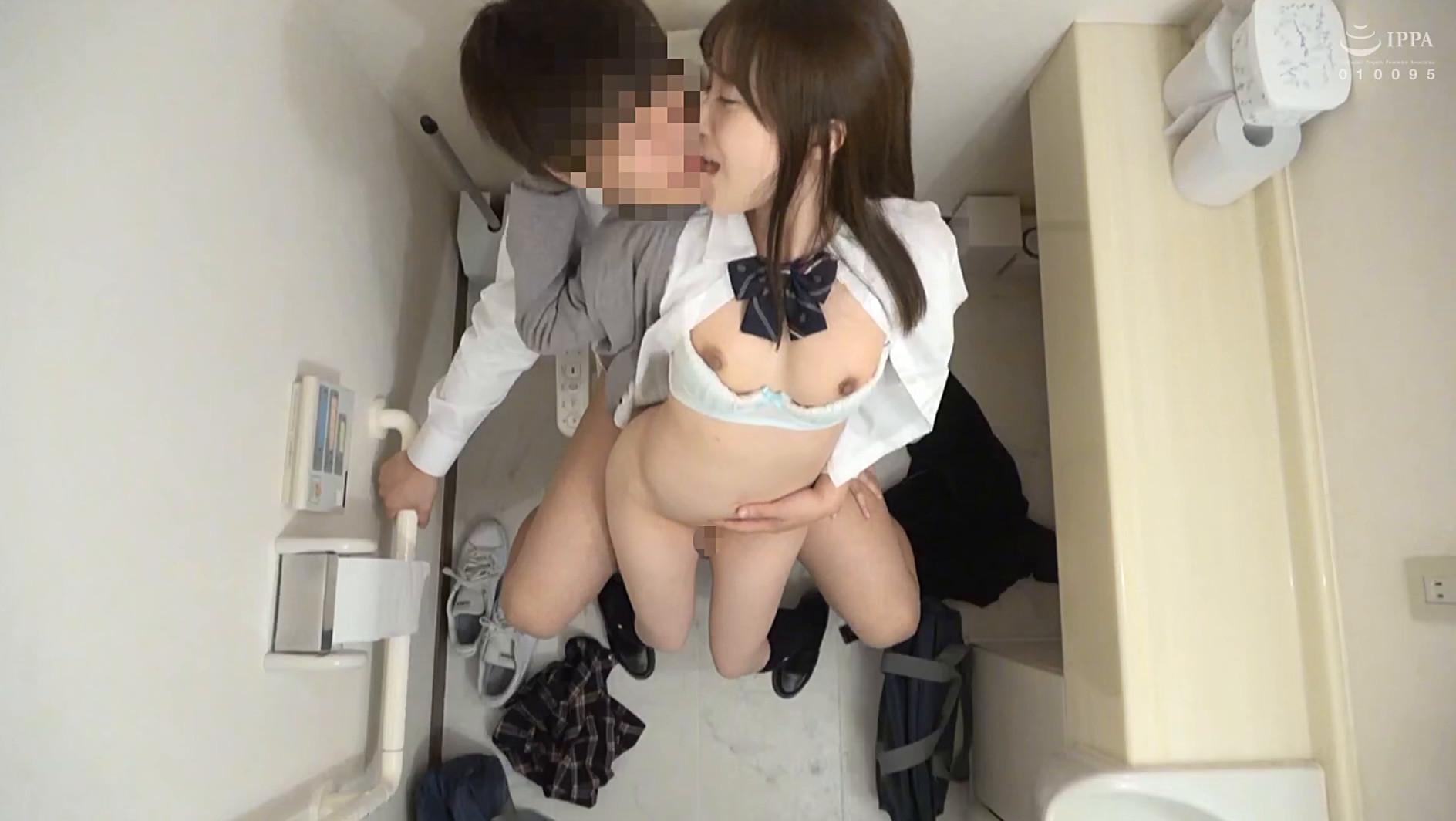 女子○生 トイレSEX盗撮 2 画像8