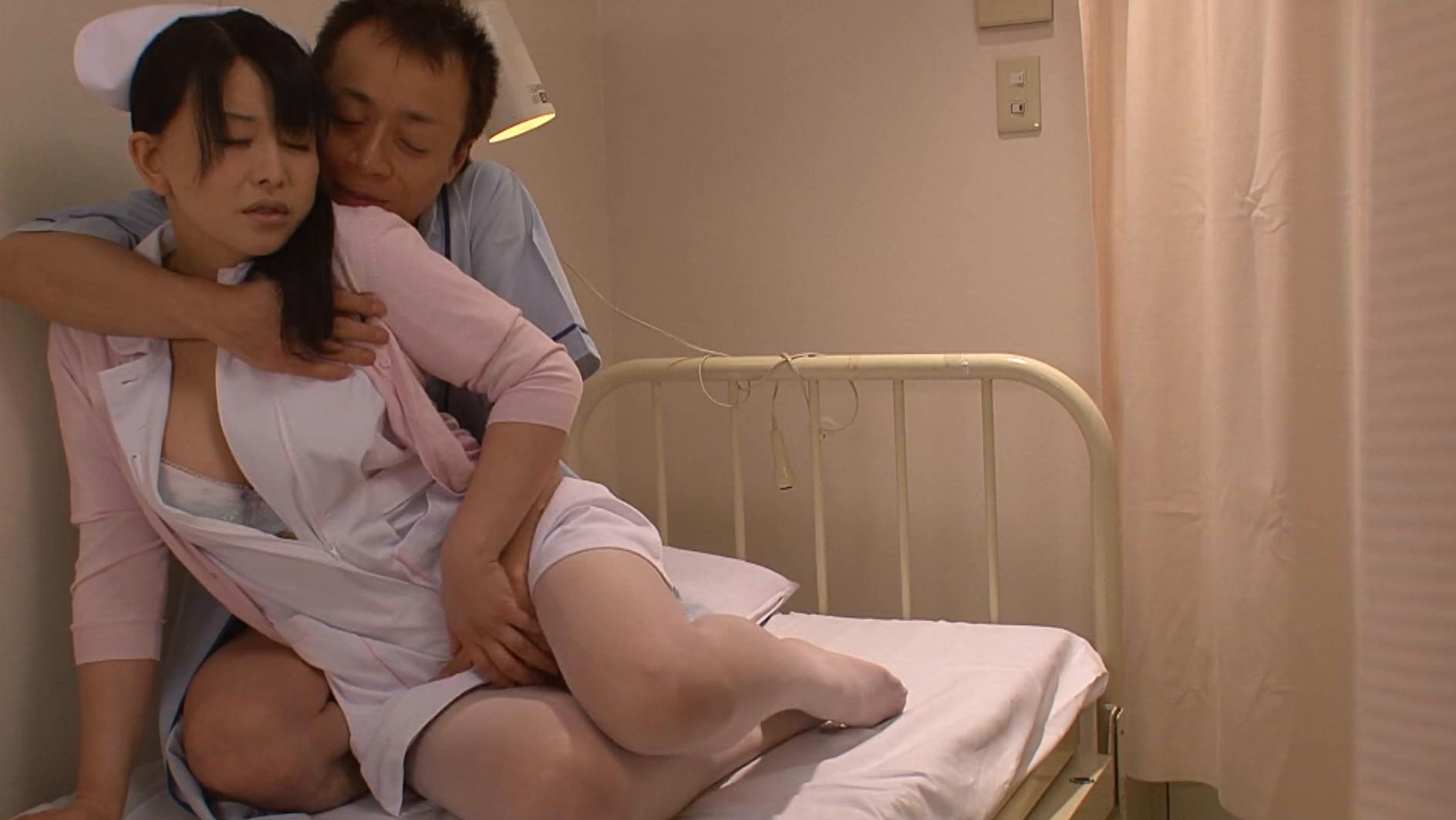 緊急事態 医療崩壊で寝る暇すらない人妻ナース それでもSEXだけは自由にさせて!深夜の欲求不満解消エロエロ濃厚接触看護中 12人4時間BEST 画像5