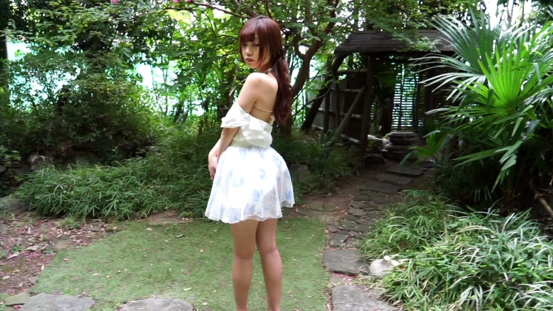 step to me 松岡里英3