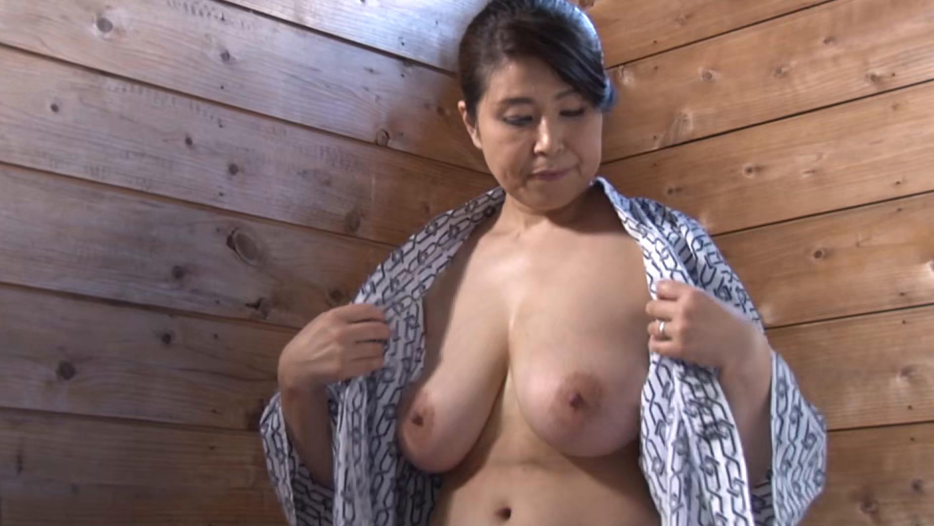 淑恵(53歳)火照った身体に・・・