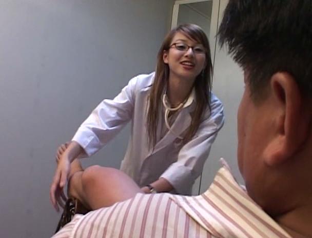 麗脚女医の調教カルテ 肛虐貫通飼育 アゲハ女王様 画像10