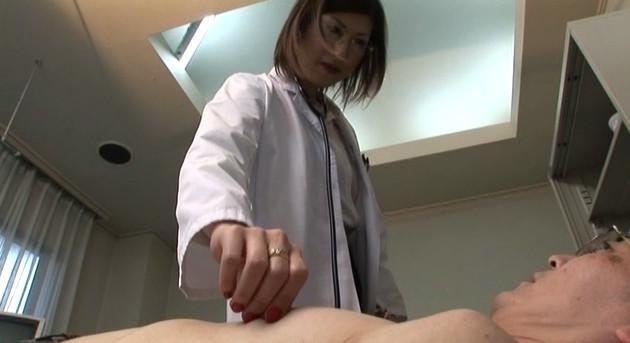 麗脚愉癒 シーナ女王様 画像3