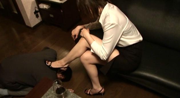 麗脚愉癒 シーナ女王様 画像6