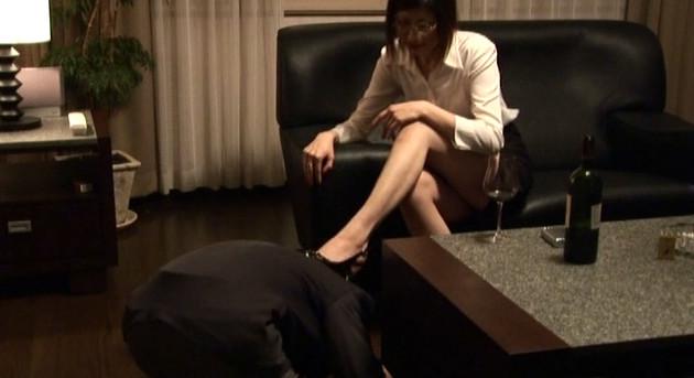 麗脚愉癒 シーナ女王様 画像7