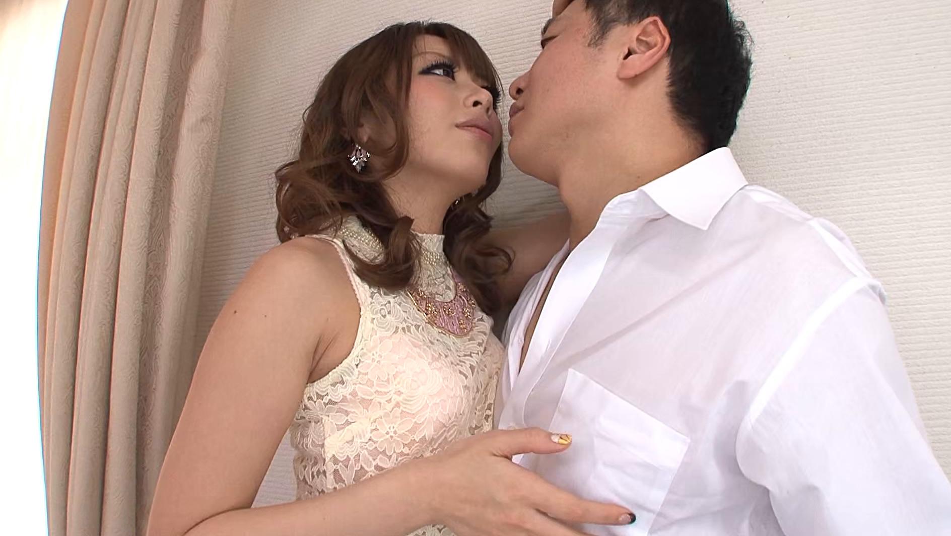 挿れたい欲を焦らされる悪魔のような接吻 桜井あゆ 画像4