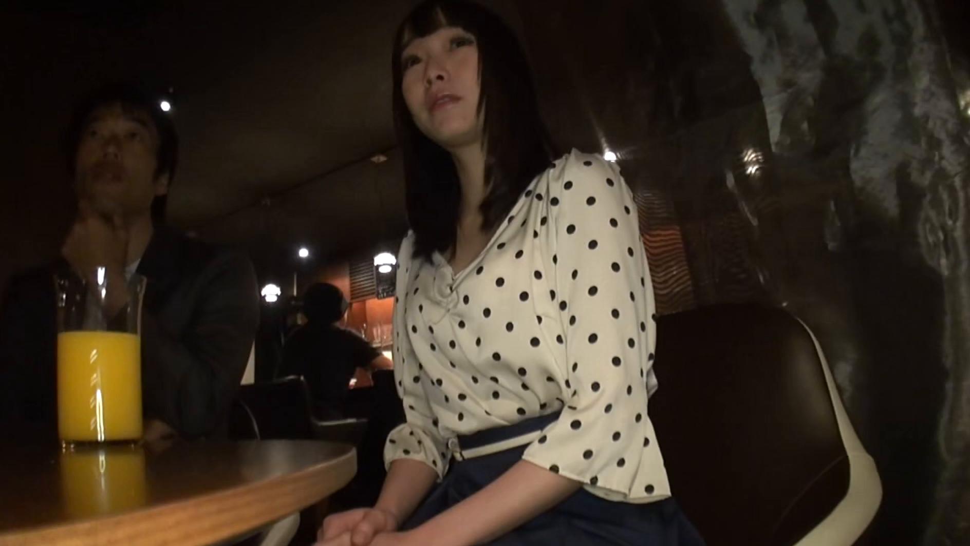 淫語in東京 涼川絢音 画像1
