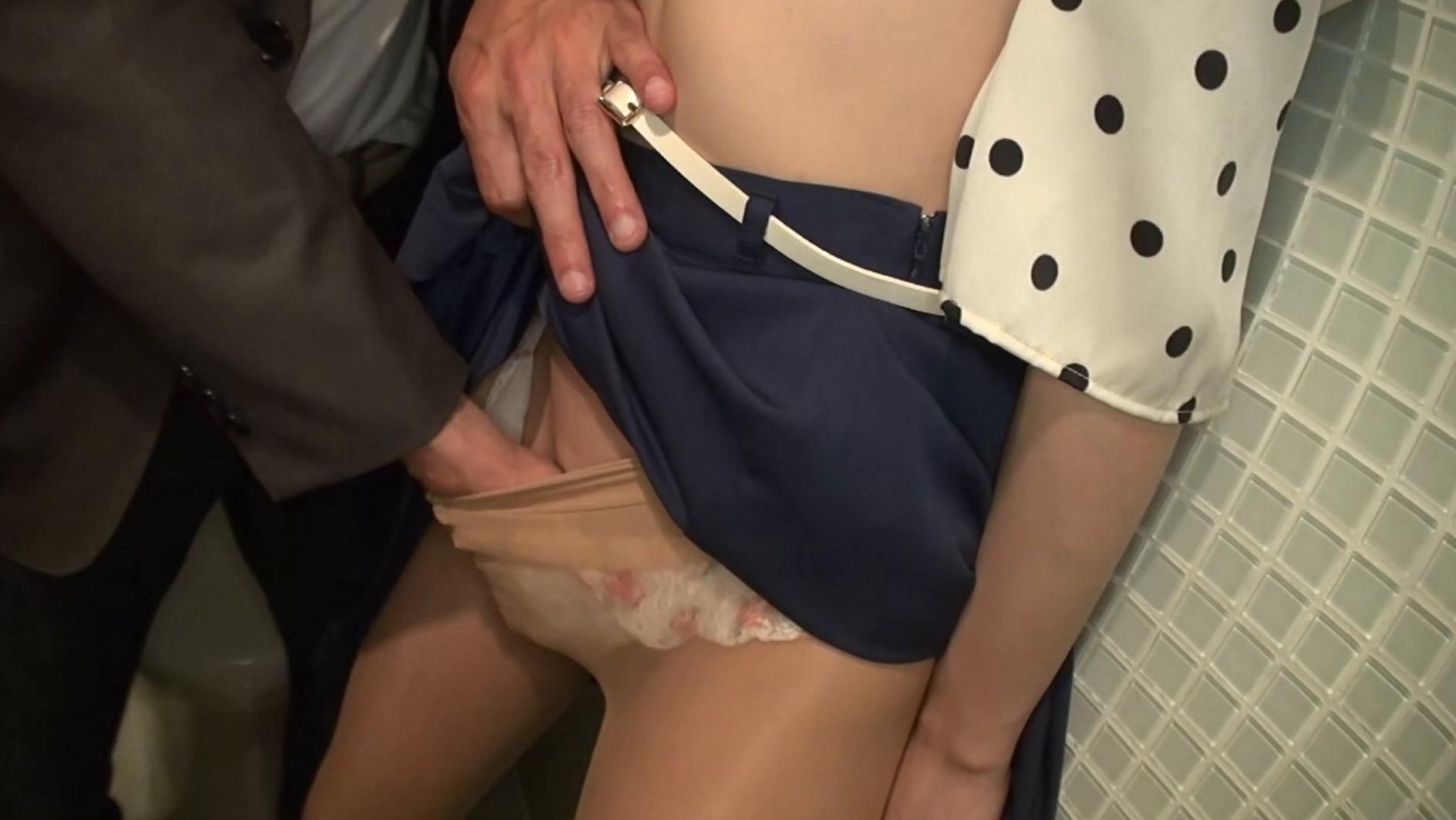 淫語in東京 涼川絢音 画像12
