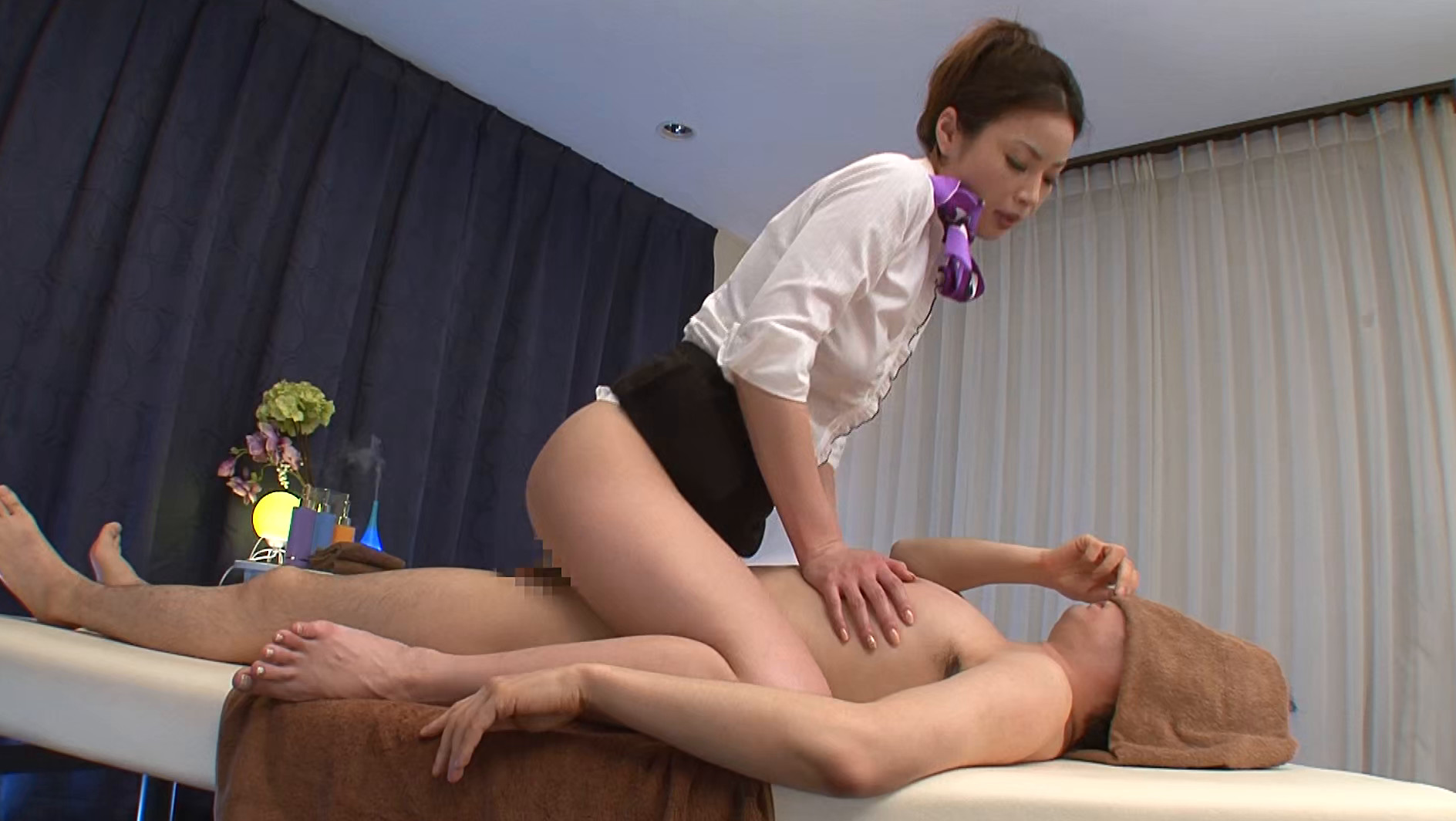 どこを施術する時も必ず乳首に寄り道する弄りがしつこいメンズエステ かすみりさ 画像17