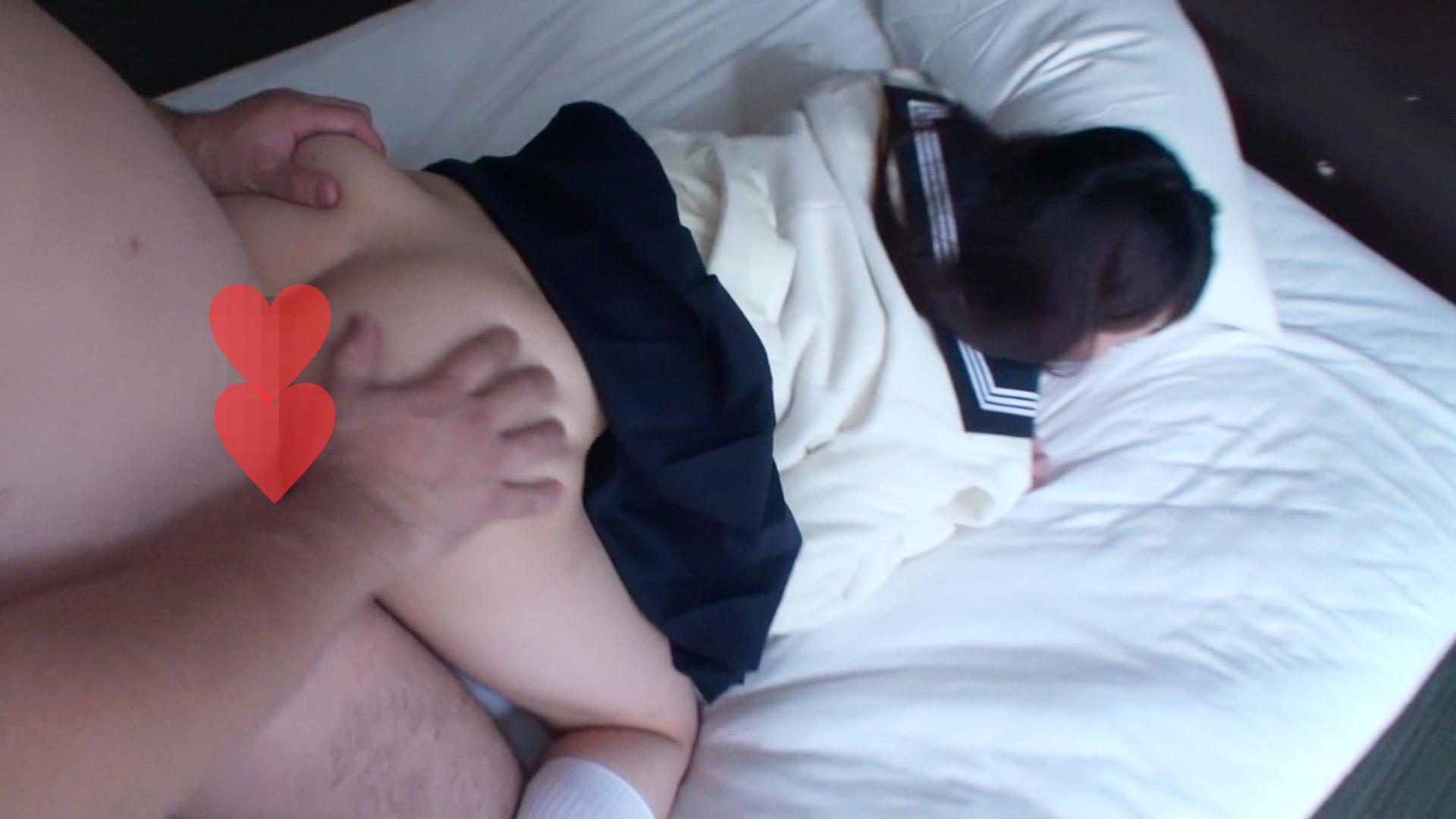 大きな瞳が魅力的な制服姿の美少女をホテルに招いて犯ラセテもらいましたぁ!! 画像9