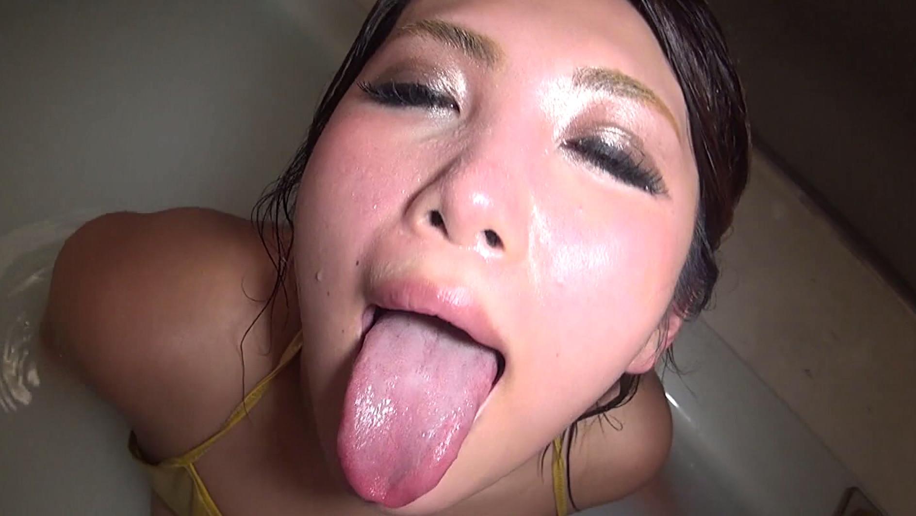 Free Tongue Porn Pics