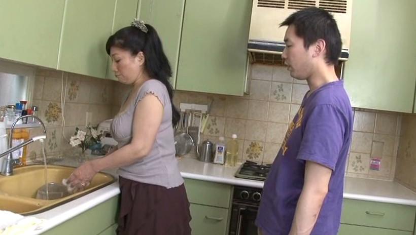 中出し近親相姦 母子熱愛 松崎志津子 画像15