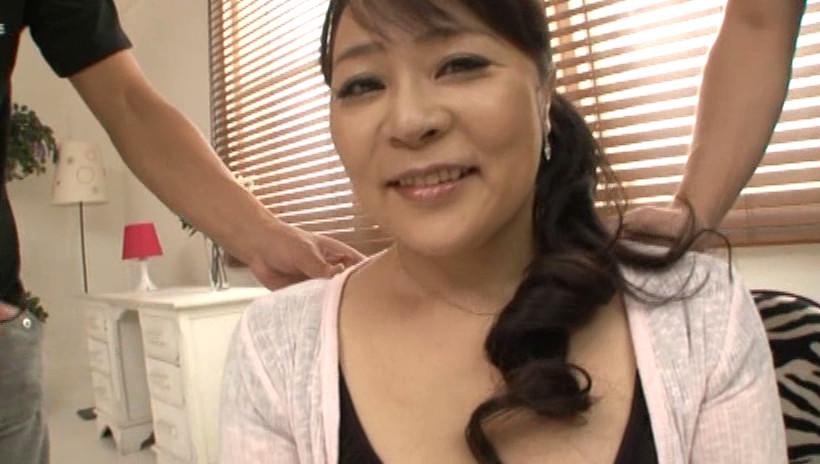 初撮り五十路妻ドキュメント 野村憲子 五十歳 画像3