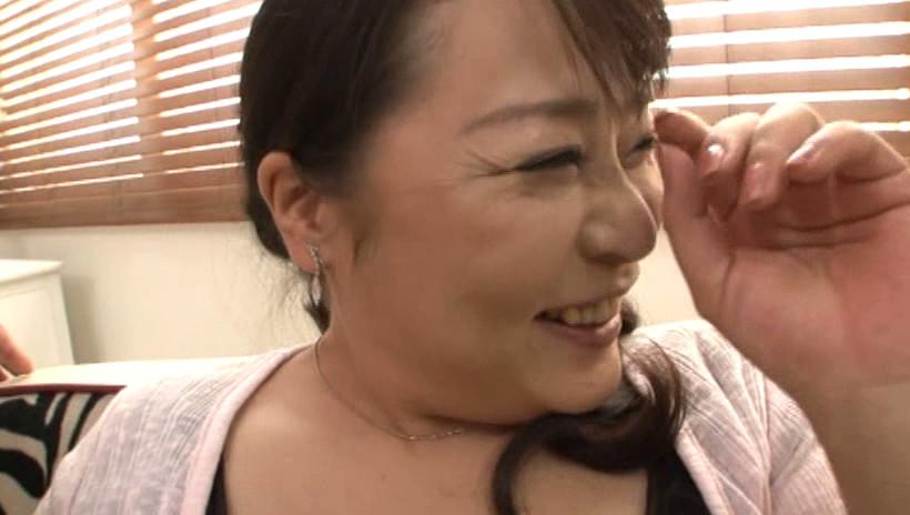初撮り五十路妻ドキュメント 野村憲子 五十歳 画像6