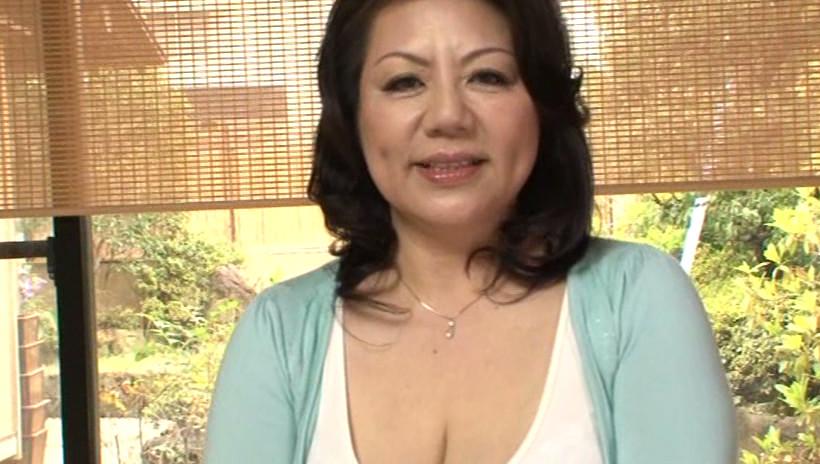 初撮り五十路妻ドキュメント 富岡亜澄 五十五歳 画像1