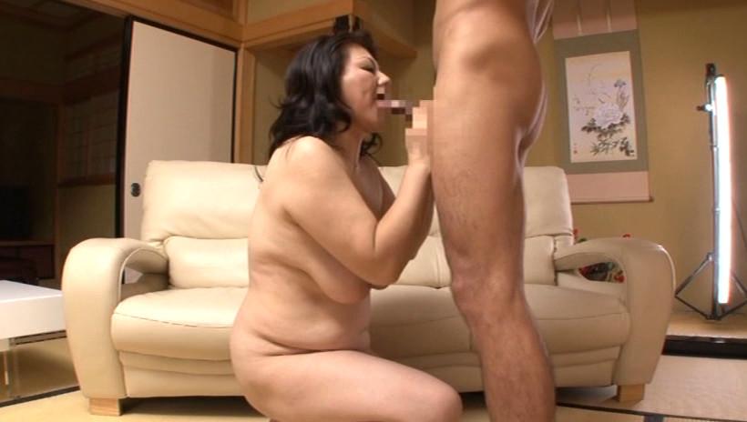 初撮り五十路妻ドキュメント 富岡亜澄 五十五歳 画像13