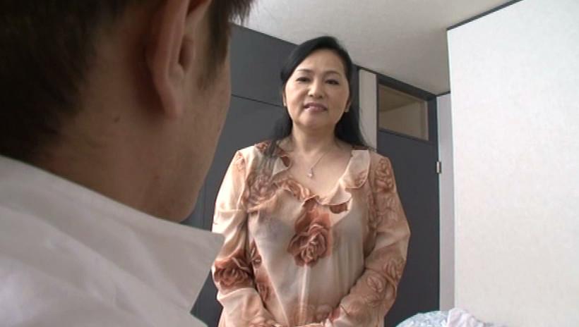 近親相姦 息子を犯す五十路の痴女母 吉田涼子 五十四歳 画像9