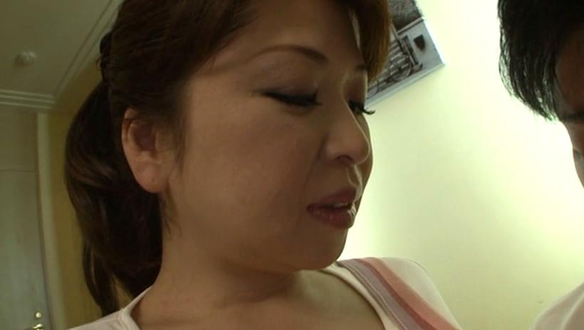 Wお母さんに癒されたい ちんたま狩りスペシャル!! 加山なつこ 田村みゆき 画像2