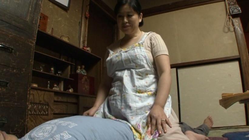 肝っ玉かあさん騎乗位ハメ狂い 岡田京子 四十五歳 画像3