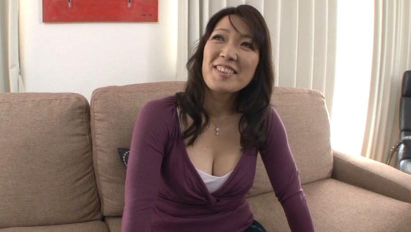 初撮り人妻ドキュメント 北村朋子 四十五歳 画像1