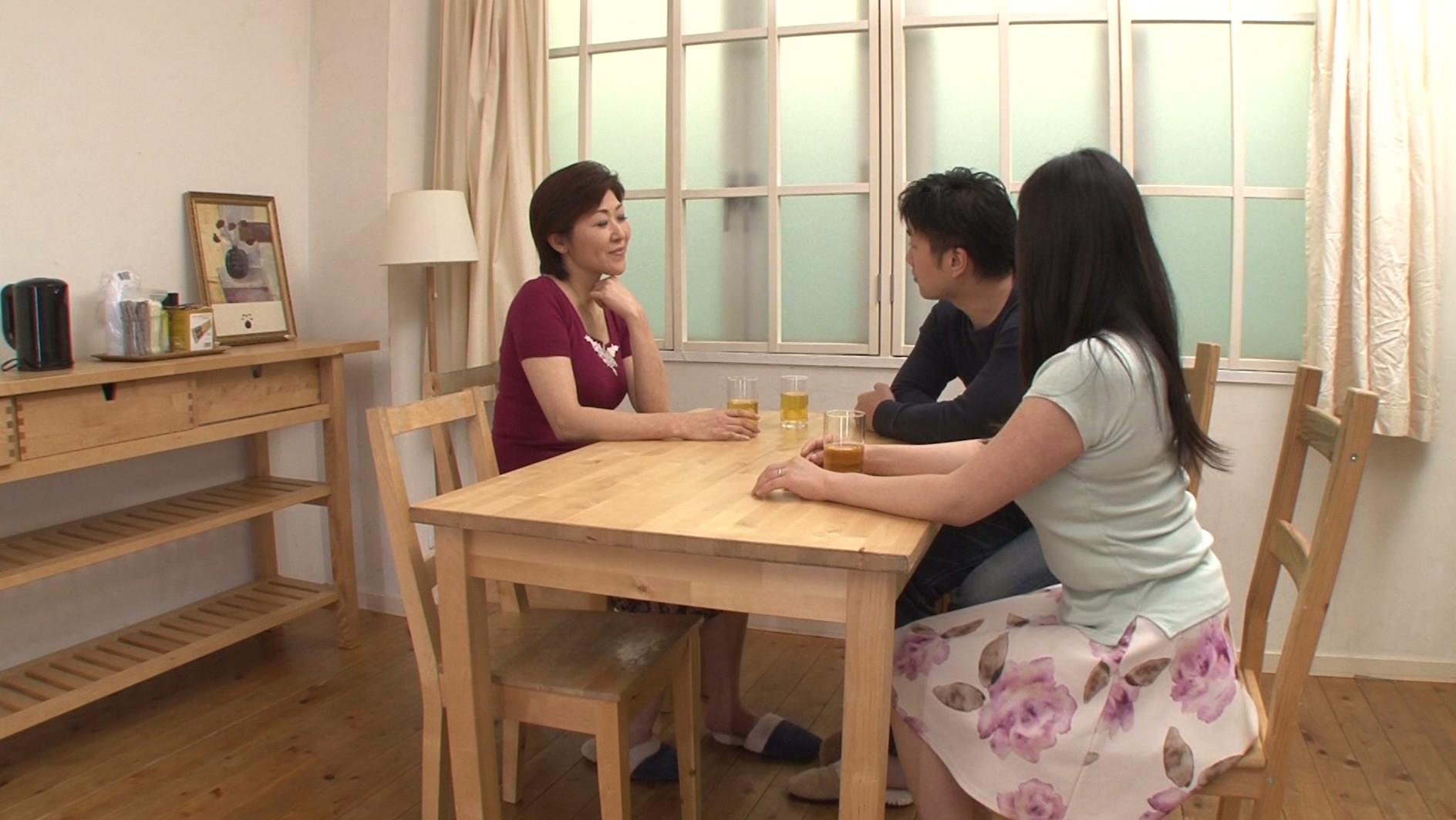 sex pics japanese girl sucks bbc in public videos free