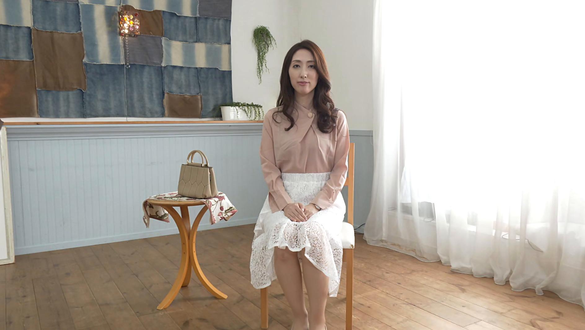初撮り人妻ドキュメント 柏原友美恵 四十三歳,のサンプル画像1