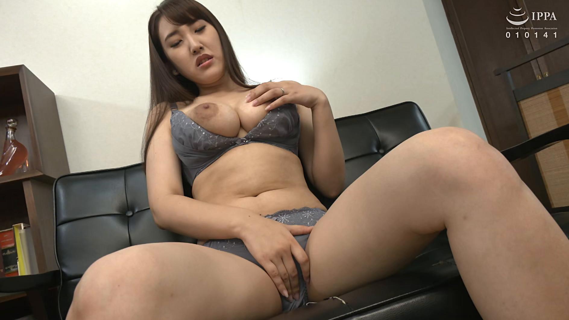 初撮り人妻ドキュメント 逢坂瞳 三十二歳,のサンプル画像21