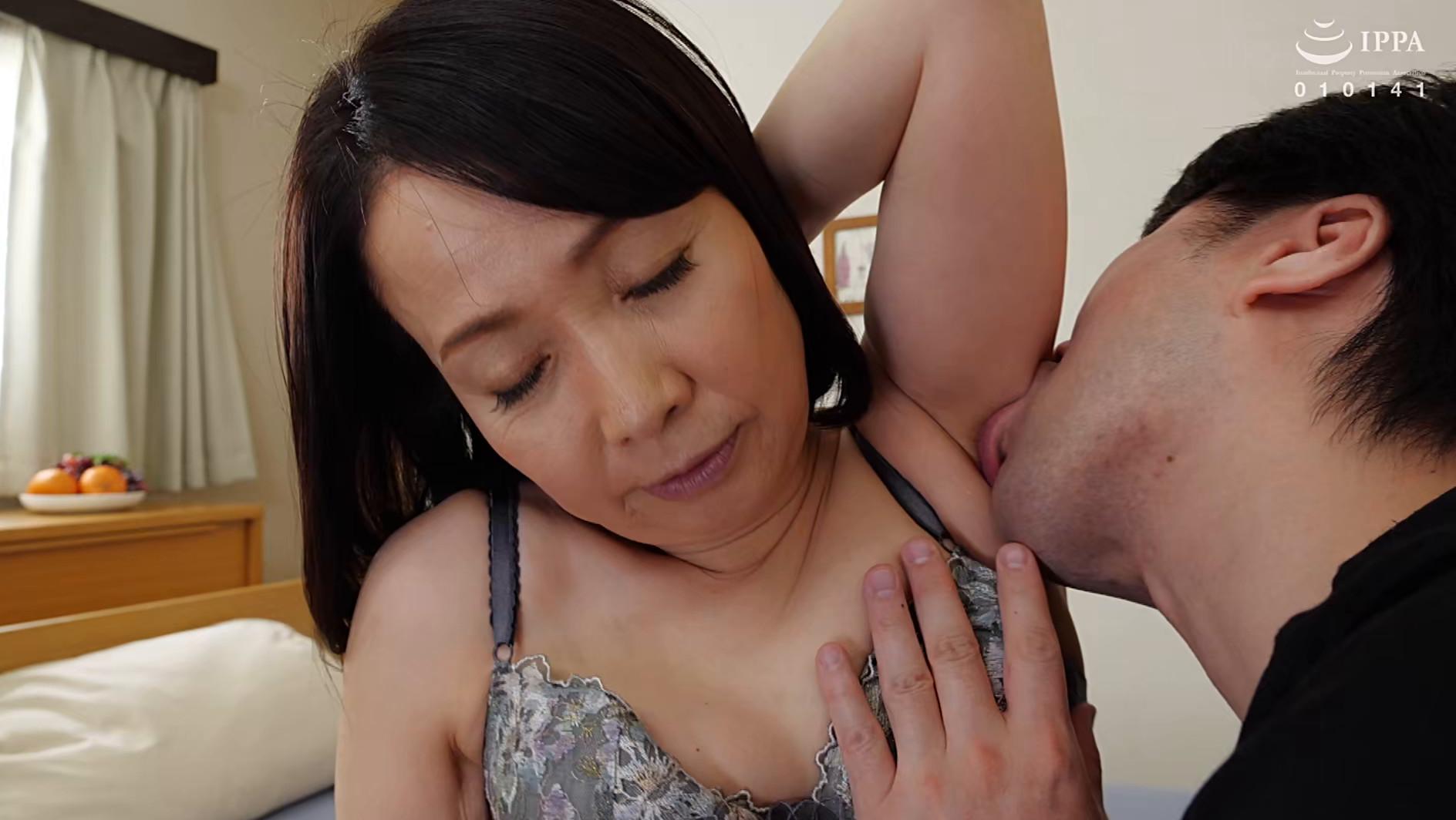 初撮り五十路妻ドキュメント 和泉亮子 五十六歳,のサンプル画像9