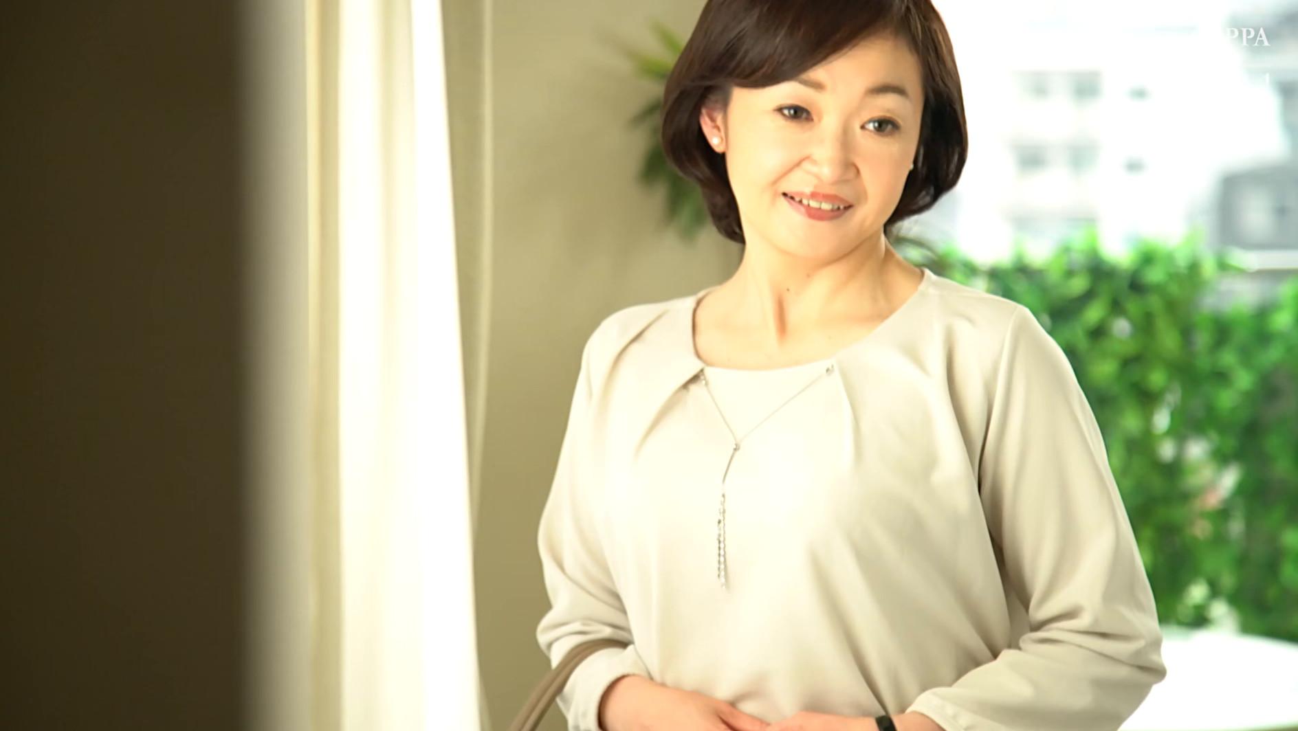 初撮り五十路妻ドキュメント 板垣慶子 五十四歳 画像1