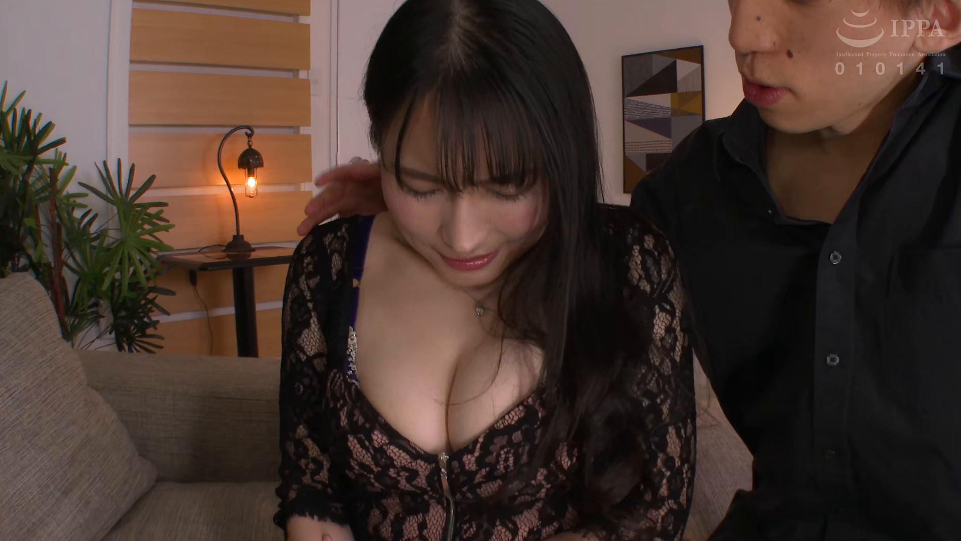 ぶっかけマゾ妻 美人のマゾ人妻を集団ザーメン弄び 岩沢香代 画像1