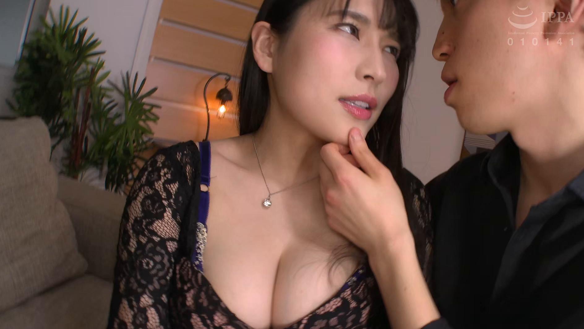 ぶっかけマゾ妻 美人のマゾ人妻を集団ザーメン弄び 岩沢香代 画像2
