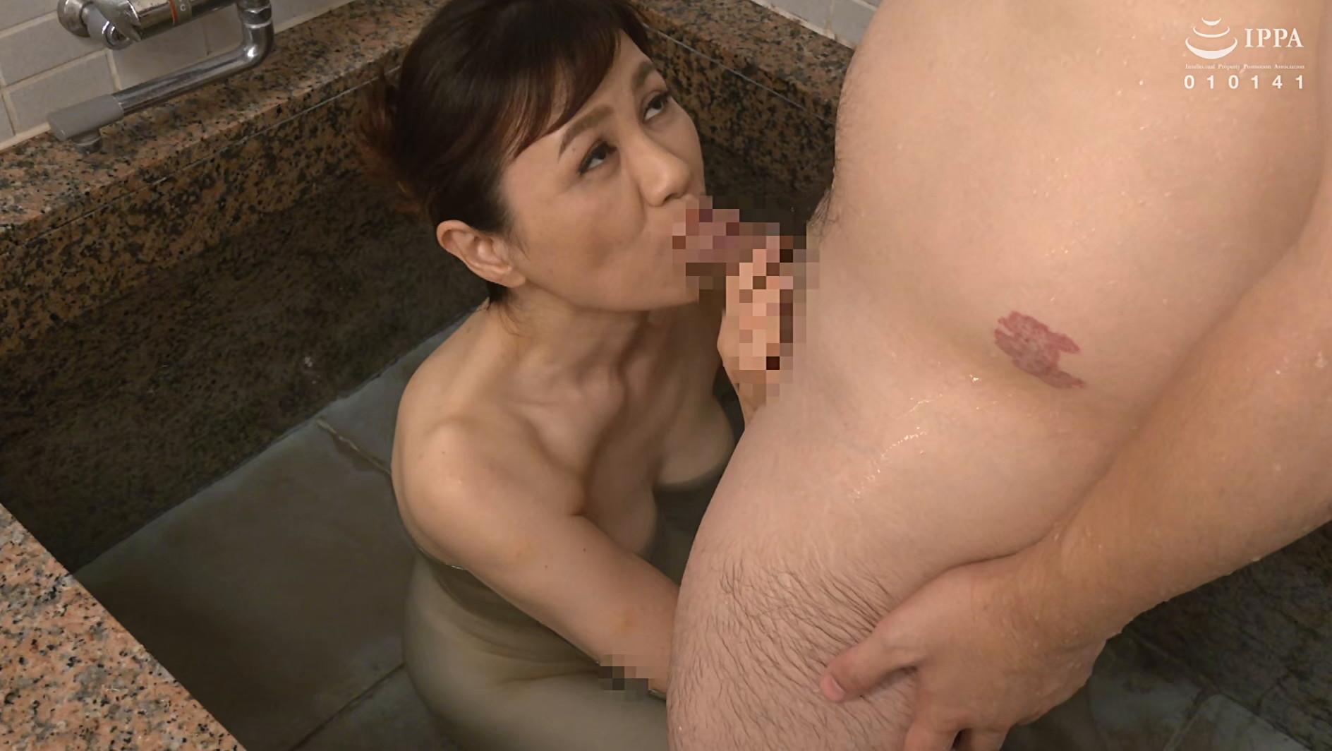 初撮り五十路妻ドキュメント 岡崎智江 五十五歳 画像21