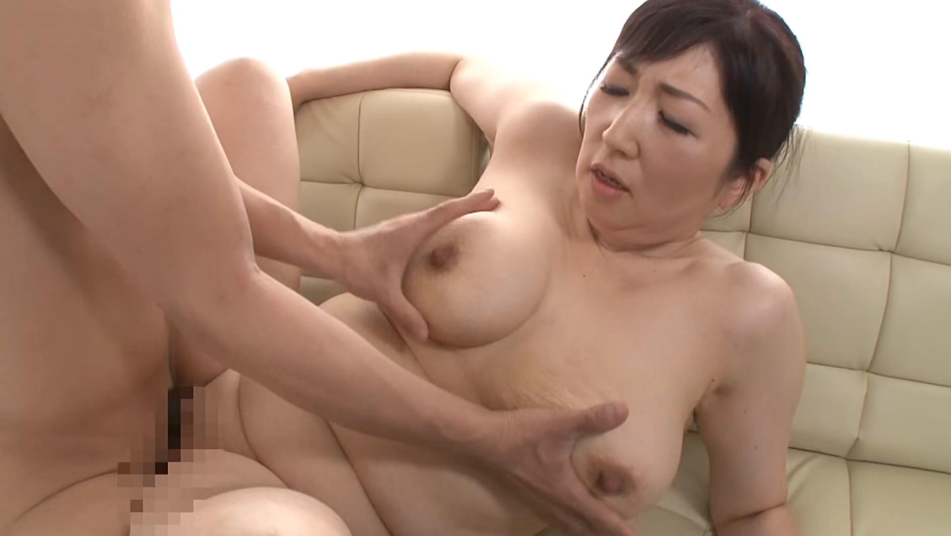 濡れそぼる、母の乳房を、見ていたら。DX 10人4時間 画像10