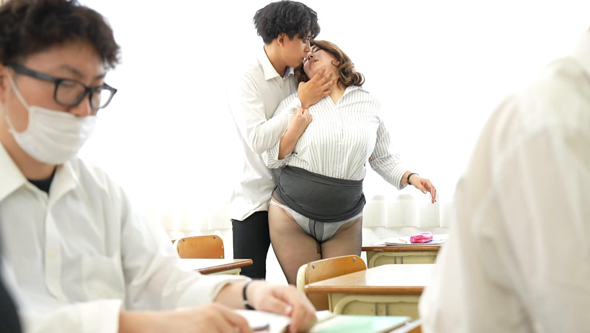 声が出せない絶頂授業で10倍濡れる人妻教師 折原ゆかり 画像3